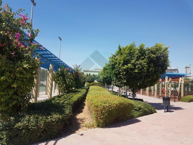 District 8M, Jumeirah Village Triangle (JVT)