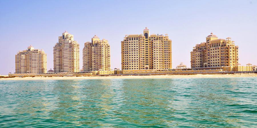 Royal Breeze Residence at  Al Hamra Village