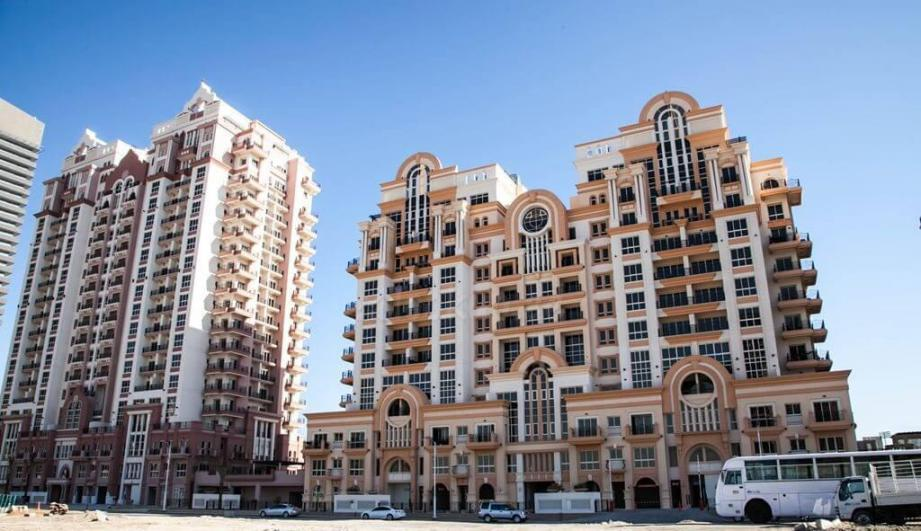European Tower- Canal Residence West at  Dubai Sports City